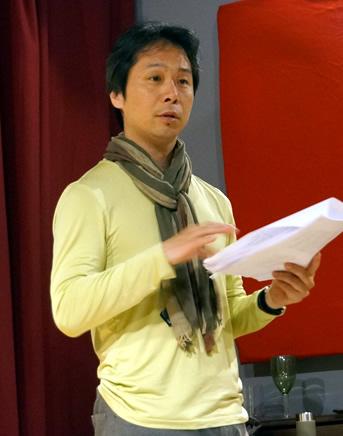 国際的な演技講師 別役慎司